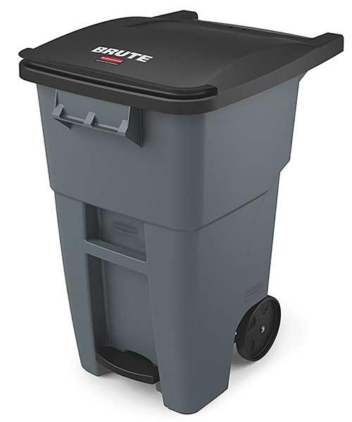Rubbermaid-wheel-trash-can-landfill-grey