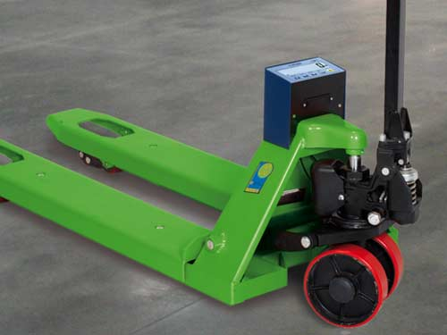 pallet-jack-scale-weighing-truck-thumb