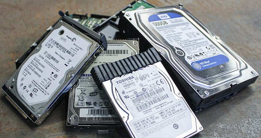 old-defective-crashed-hard-drives-ready-to-be-shredded