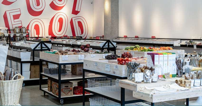 Zero-Waste-Supermarket-Nada-grocery