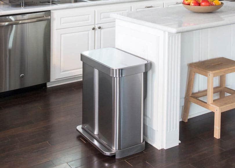 Doppel-Mülleimer-für-Recycling-und-Müll-Küche