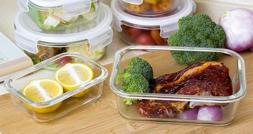 reusable-food-container-lemons-steak-brocolli