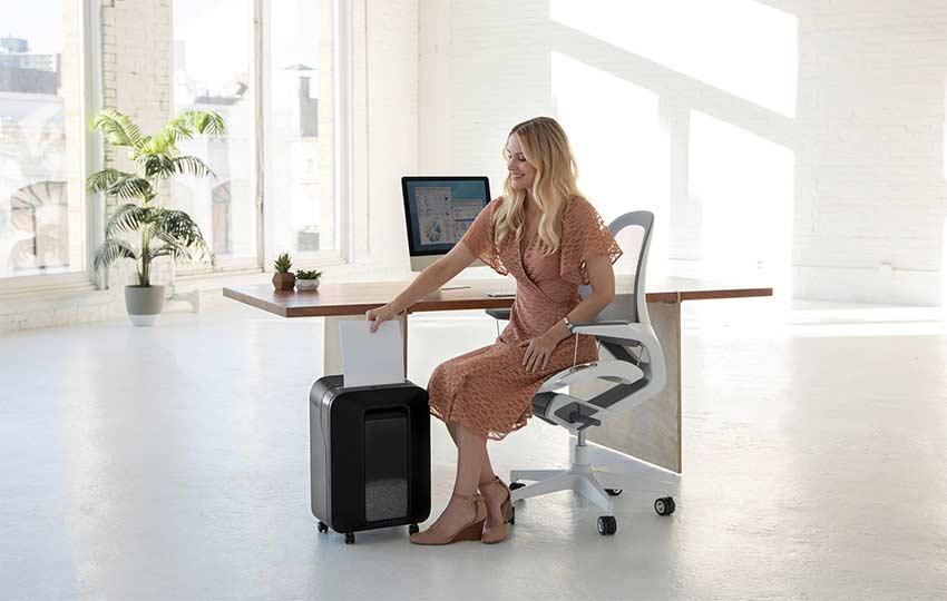 Fellowes-Powershred-LX-micro-cut-shredder-office
