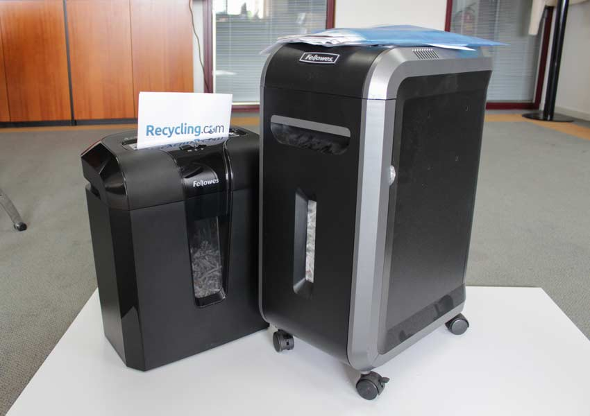 reviewing-paper-shredders