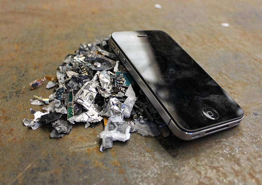 smartphone-iphone-shredded-destruction