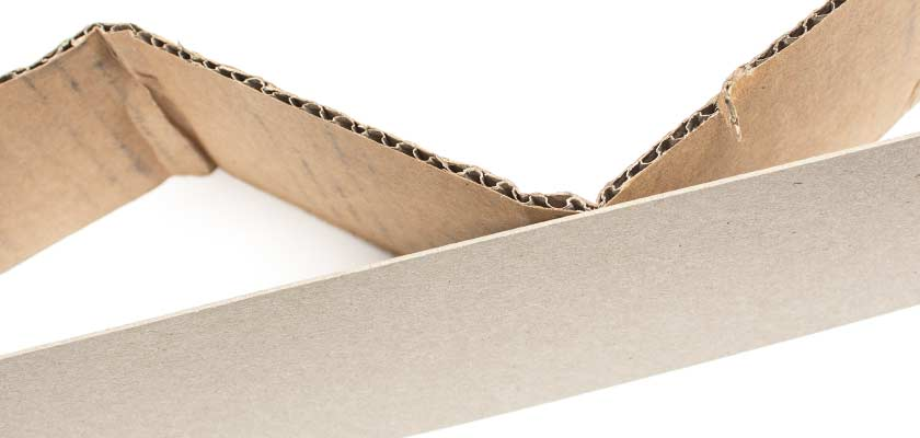 Wellpappe-und-grauer-Karton