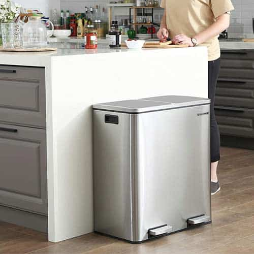 SONGMICS-16-Gallon-Step-Trash-Can-in-kitchen