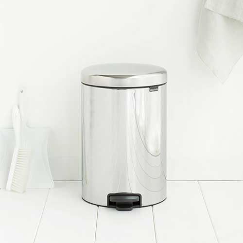 Brabantia-Pedal-Bin-newIcon-in-bathroomjpg