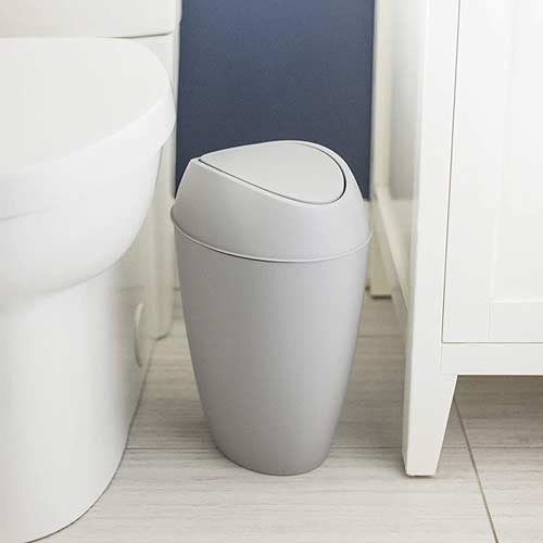 Umbra-Twirla-Trash-Can-in-bathroom