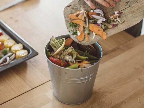 kompostbehälter-fur-zuhause
