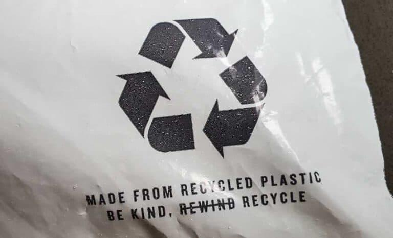 Inform-Customers-Recyle-Plastic-Bags